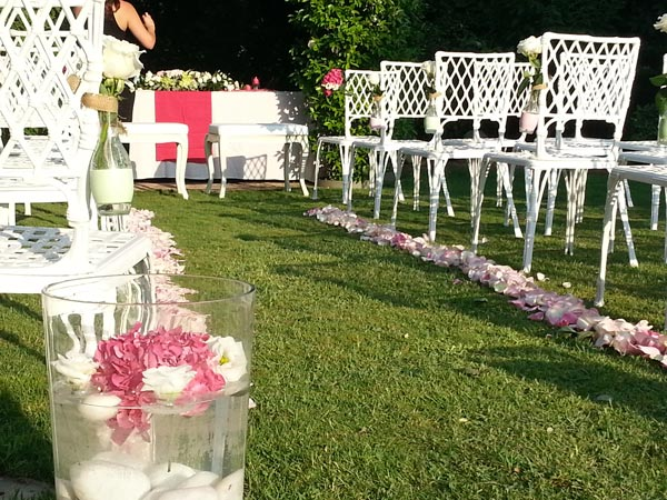 Boda de s a dimeic for Decoracion para boda civil sencilla